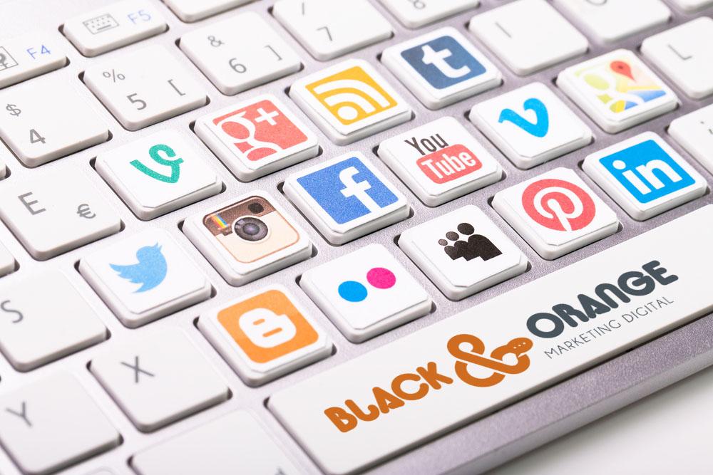 06-publicidad-en-redes-sociales.jpg